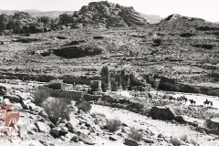 cSearightpPetra23-Petra-1963-the-Roman-Way