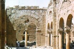 Resafa-5-1973-basilica